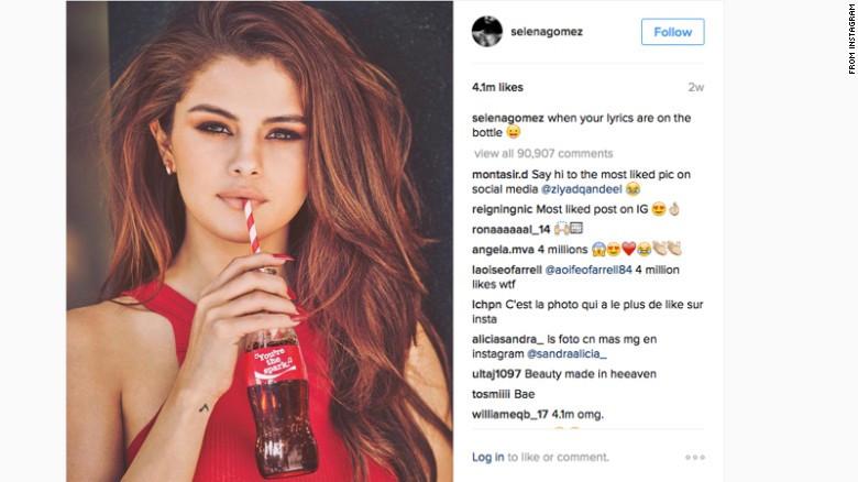 Selena Gómez Coca Cola - Publicidad encubierta en redes sociales