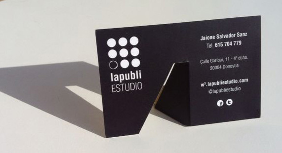 Tarjeta de visita con el antiguo logo de LapubliESTUDIO